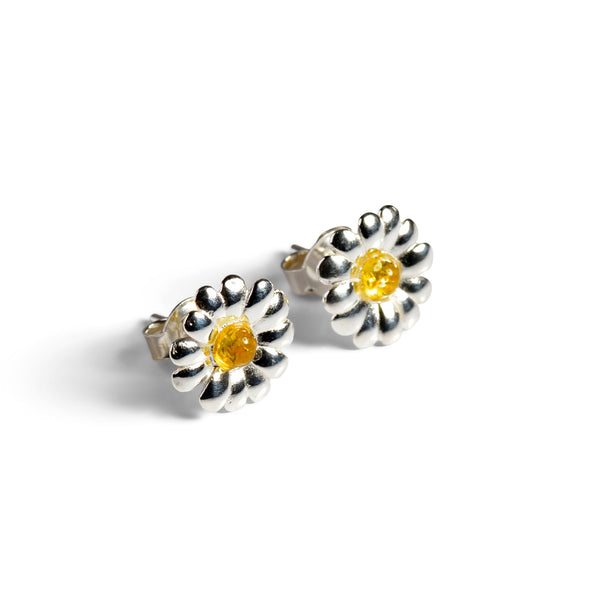 Daisy Stud Earrings in Silver and Yellow Amber