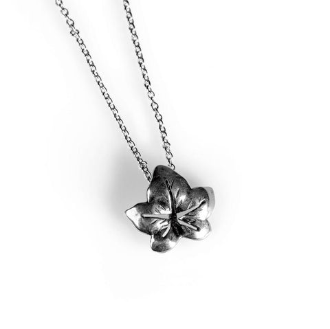 Ivy Leaf Necklace in Silver