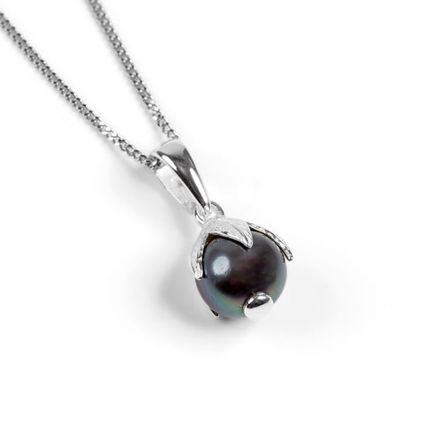 Natural Cultured Black Pearl Necklace in Silver