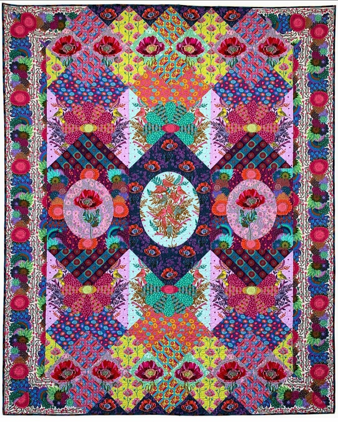 PRE-ORDER - The Visions Quilt Kit Club - Anna Maria Horner